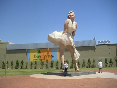 Marilyn monument Palm Springs