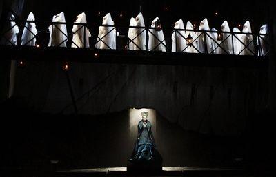 La-et-0917-la-opera-review-pictures-011