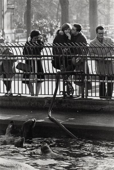 Winogrand_TheAnimals1963