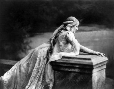 Mary_Garden_in_Debussy's_Pelléas_et_Mélsande